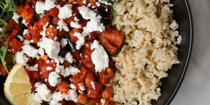 bowl of brown rice and harissa chickpea mix