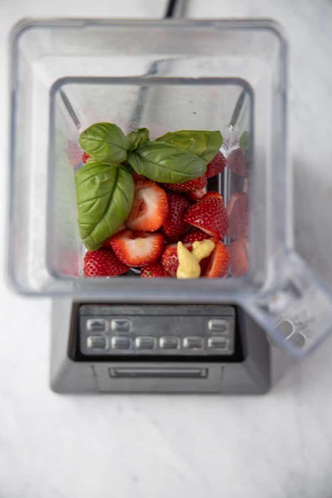 strawberry basil dressing ingredients in a blender